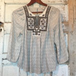 Tops - EUC Lucky Boho Top with mirrors & embroidery